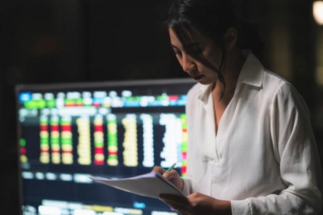篩選結果為:潛力飆股  你該搶先進場嗎?2021證交所政策藏獲利大黑馬